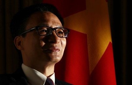 Vietnam Among the Powers: Struggle & Cooperation
