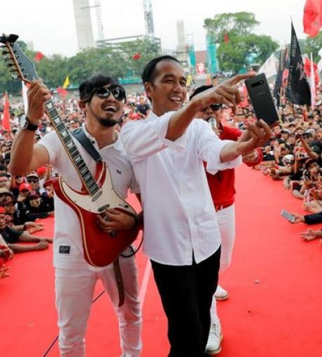 Democratization, National Identity and Indonesia's Foreign Policy